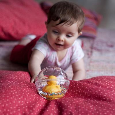 Cómo desinfectar los juguetes del bebé