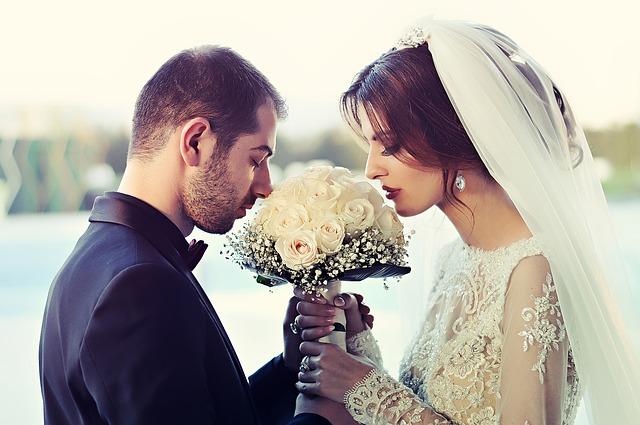 wedding-1255520_640