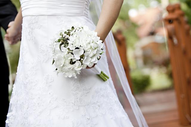 bride-663204_640