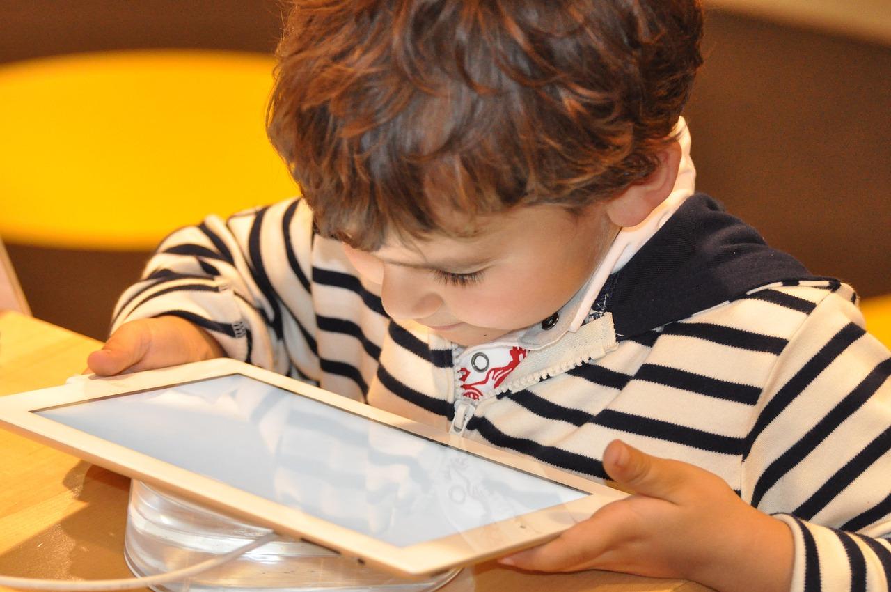 child-1183465_1280